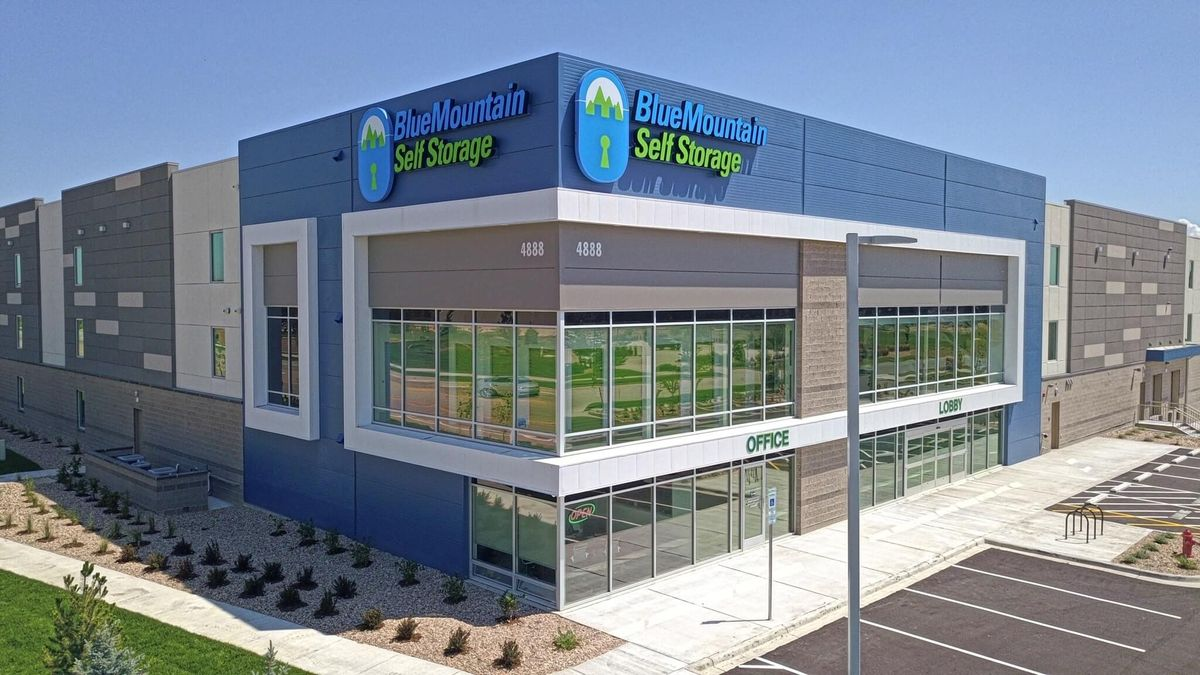BlueMountain Storage - Loveland/NoCO